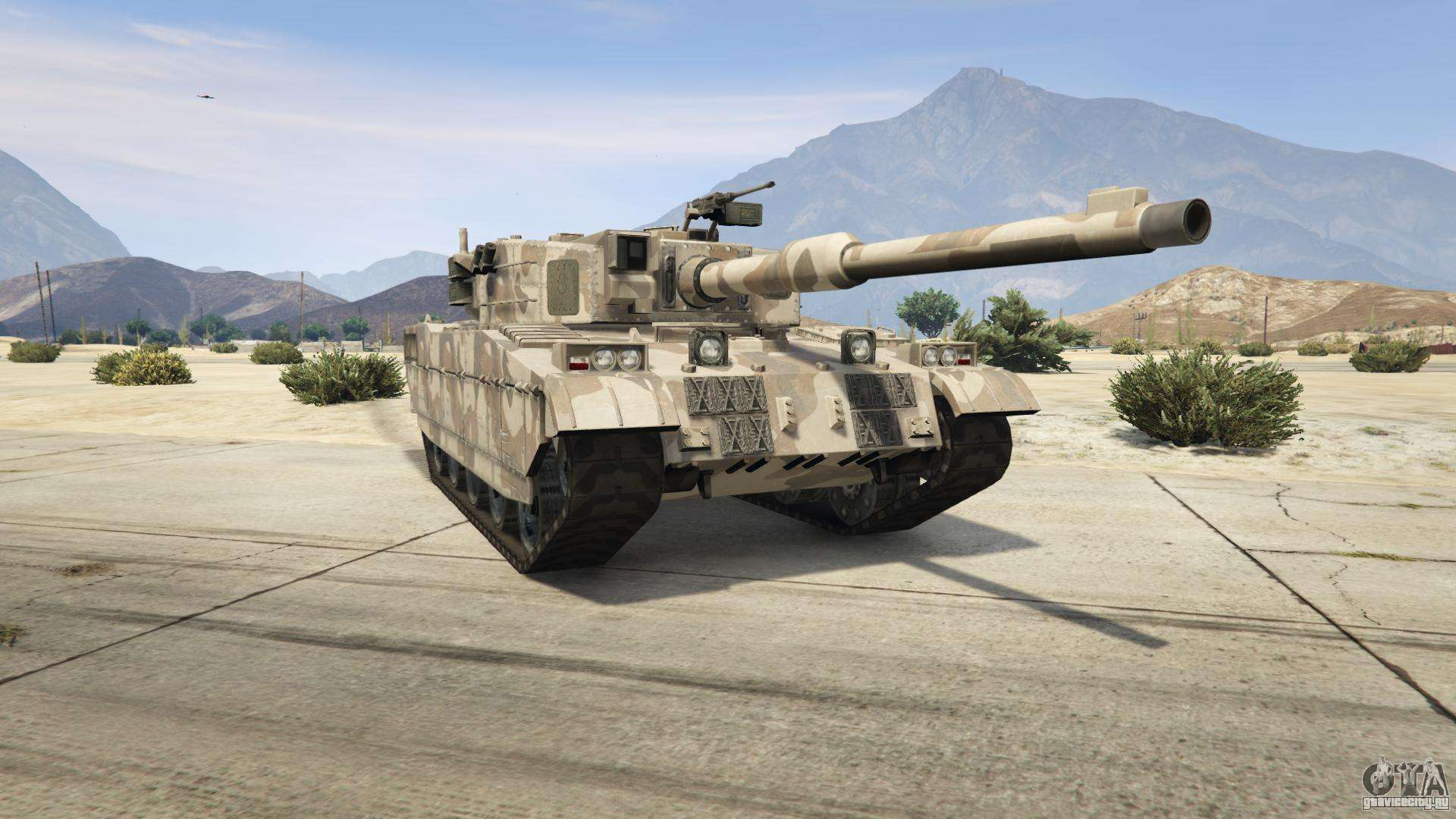 GTA 5 Rhino - вид спереди
