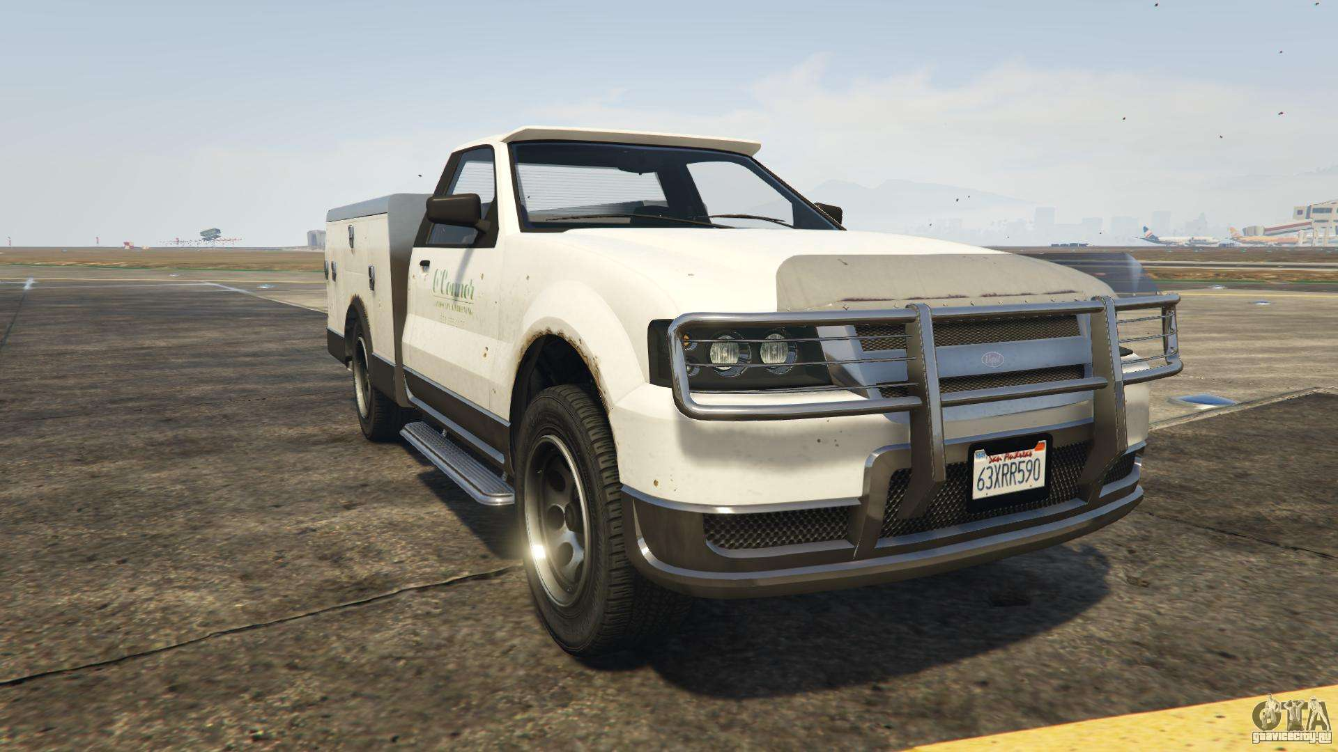 GTA 5 Vapid Utility Truck - вид спереди