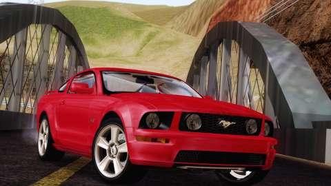 Эксклюзив: Ford Mustang GT 2005