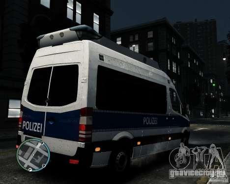 Mercedes Sprinter German Police для GTA 4 вид справа