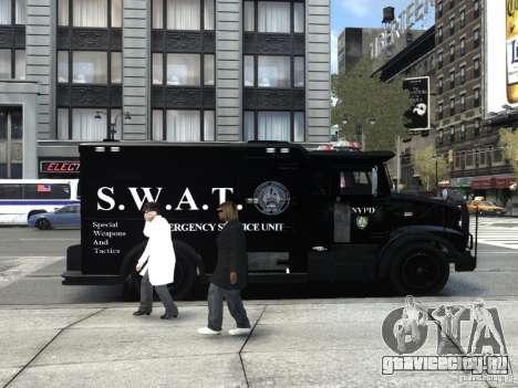 SWAT - NYPD Enforcer V1.1 для GTA 4 вид справа