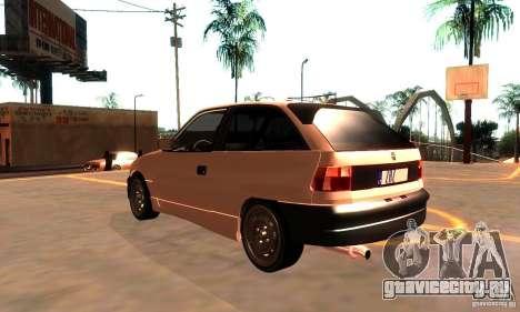 Opel Astra 1993 для GTA San Andreas вид сзади слева