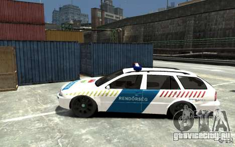 Skoda Octavia Kombi 2005 Hungarian Police для GTA 4 вид слева