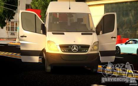 Mercedes-Benz Sprinter Passenger для GTA 4 вид сбоку