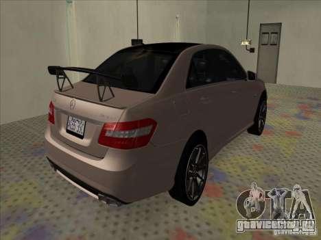Mercedes-Benz E63 AMG Black Series Tune 2011 для GTA San Andreas вид сзади слева