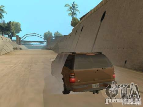 Chevrolet Suburban 2003 для GTA San Andreas вид сзади