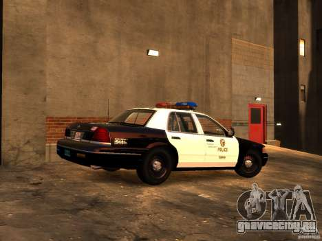 Ford Crown Victoria LAPD v1.1 [ELS] для GTA 4 вид сзади слева