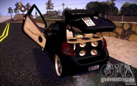Toyota Yaris для GTA San Andreas вид изнутри