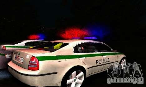 Skoda Superb POLICIE для GTA San Andreas вид сзади слева