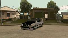BMW E30 Stance