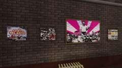 Новые постеры в квартире Плейбоя