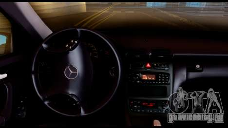 Mercedes-Benz C32 AMG Police для GTA San Andreas вид сзади