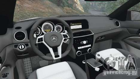 Mercedes-Benz C63 AMG 2012 для GTA 5 руль и приборная панель