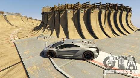 Maze Bank Mega Spiral Ramp для GTA 5 второй скриншот