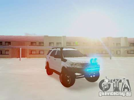 Toyota Fortuner 2012 TRD Off-Road для GTA San Andreas вид справа