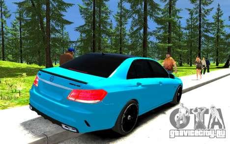 Mercedes-Benz E63 W212 AMG для GTA 4 вид сзади слева