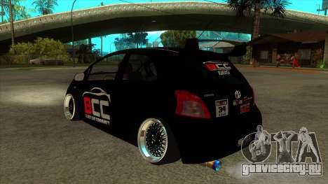 Toyota Yaris (Vitz) [Black Car Community] для GTA San Andreas вид сзади слева