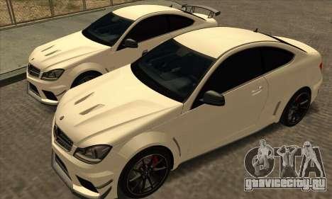 Mercedes-Benz C63 AMG Black-series для GTA San Andreas вид изнутри