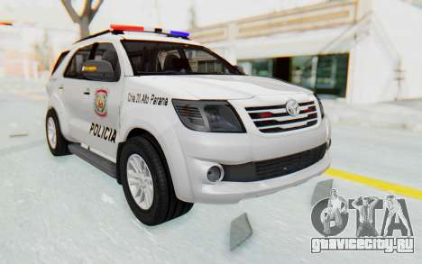 Toyota Fortuner 4WD 2015 Paraguay Police для GTA San Andreas вид справа