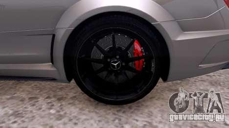 Mercedes-Benz C63 AMG 2012 v1.0 для GTA 4 вид сзади