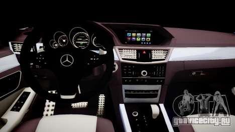 Mercedes-Benz AMG E320 W211 для GTA 4 вид изнутри