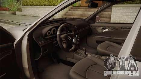 Mercedes-Benz E63 W211 AMG для GTA San Andreas вид изнутри