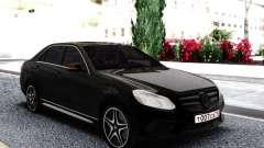Mercedes-Benz W212 Black Sedan для GTA San Andreas