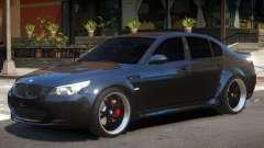 BMW M5 V01