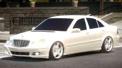 Mercedes Benz E320 V1.0 для GTA 4